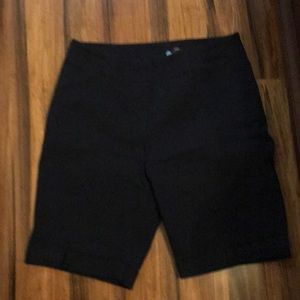Westbound woman Shorts